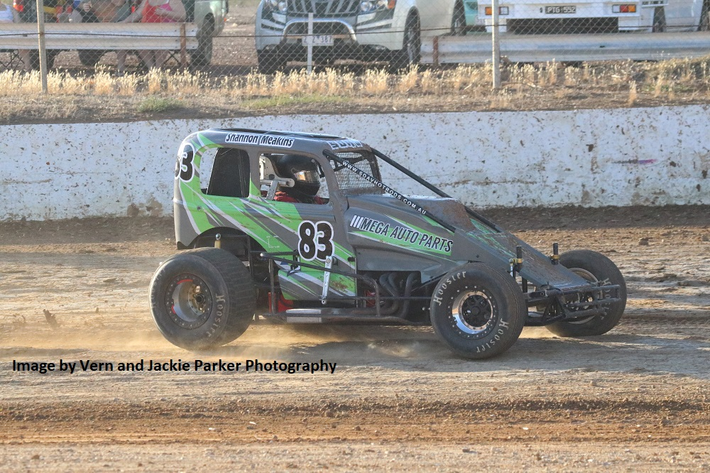 Shannon Meakins - Photo courtesy of Vern and Jackie Parker Photography